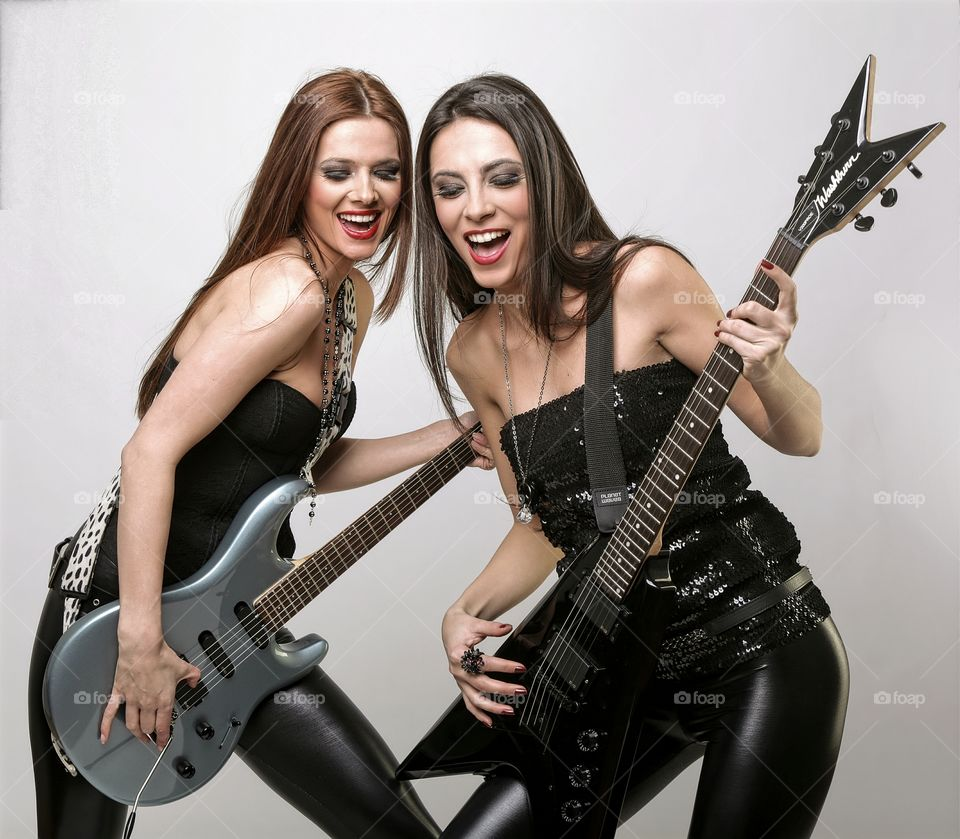 Rock & roll . Musical instruments
