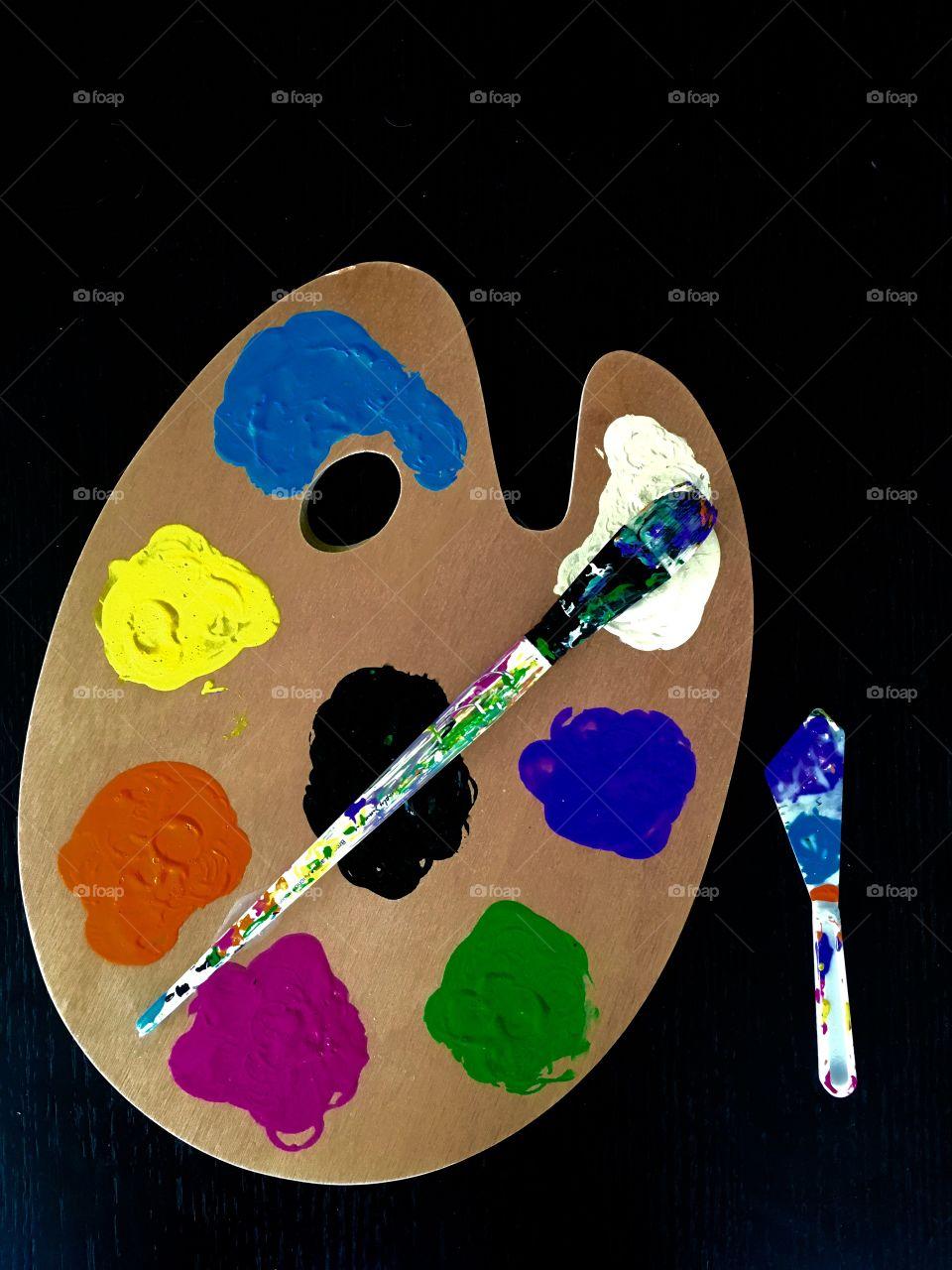 Close-up of a painters pallet