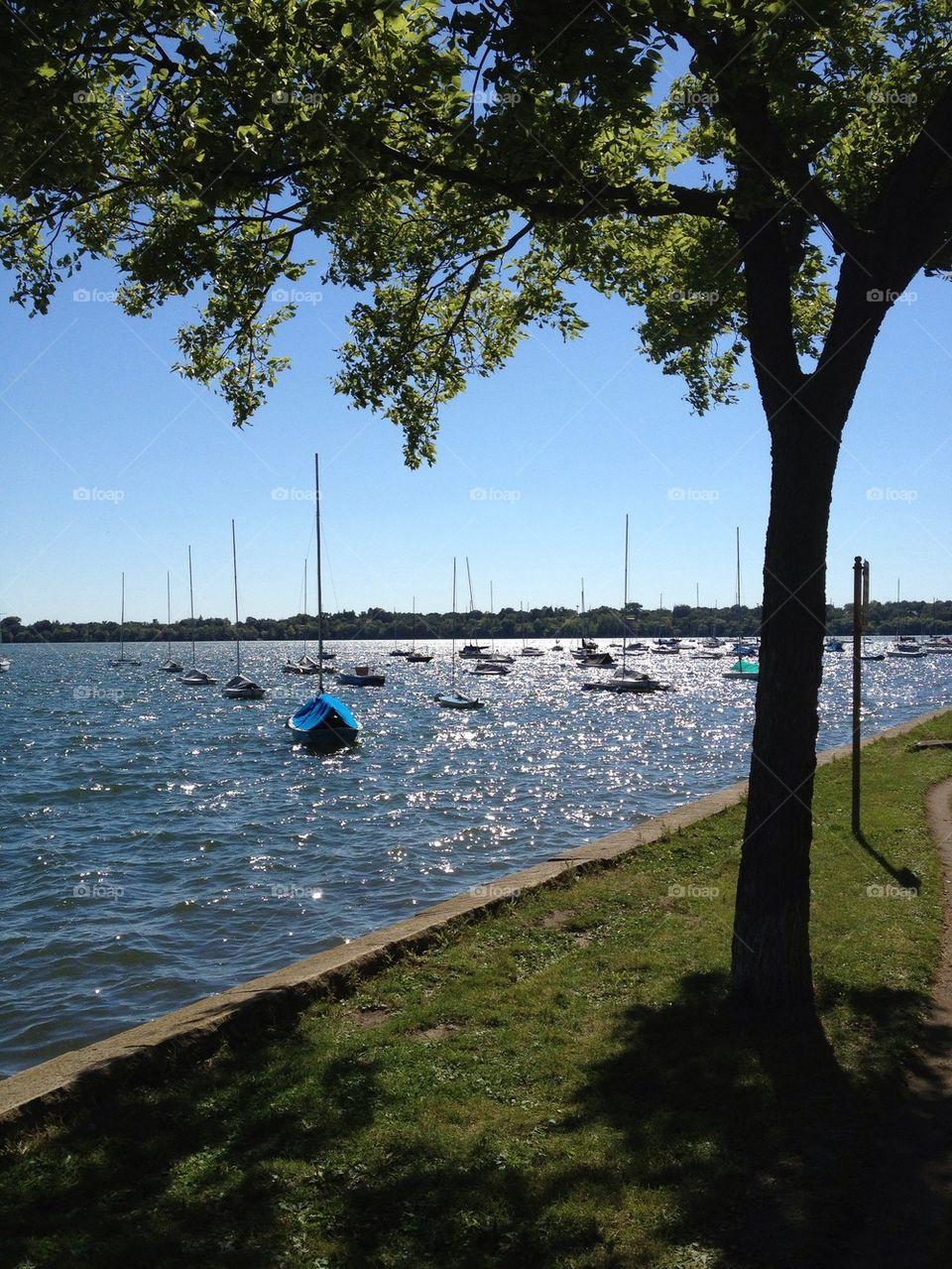 Minneapolis lake with sailboats