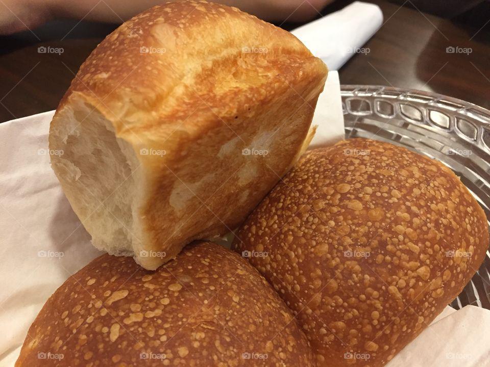 Hot yeast rolls
