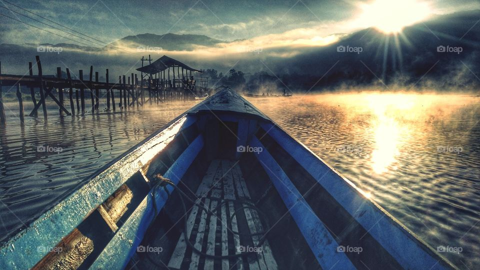 Sunrise in Inle Lake