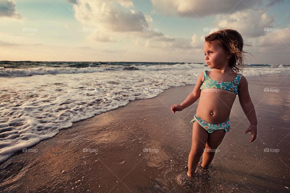 sky girl sand sea by ohayman