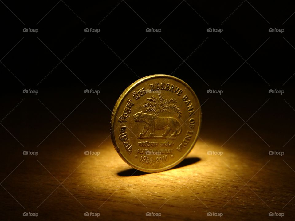 COIN STANDING WITHOUT BALANCE