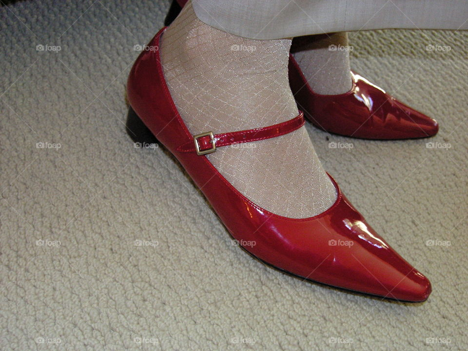 pointy dress shoes
