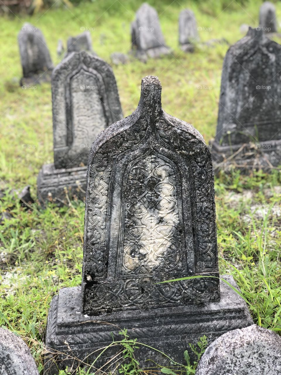 Nice stone curving by locals of #Hdh nolhivaramfaru @6_41_50_N_73_07_15_E found in an old cemetery believe to be more than 250years.
