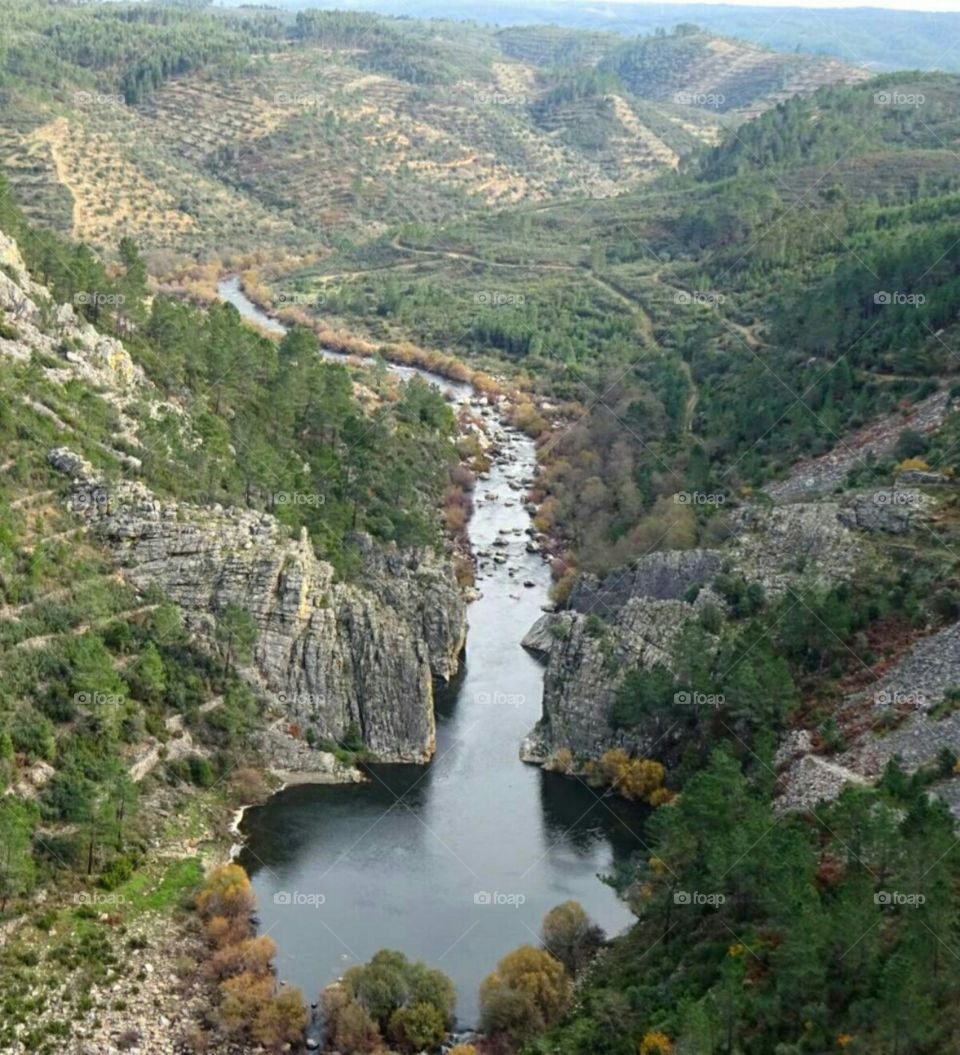 Mourão Valley carved by Ocreza river somwthing like 2.000.000 years ago.