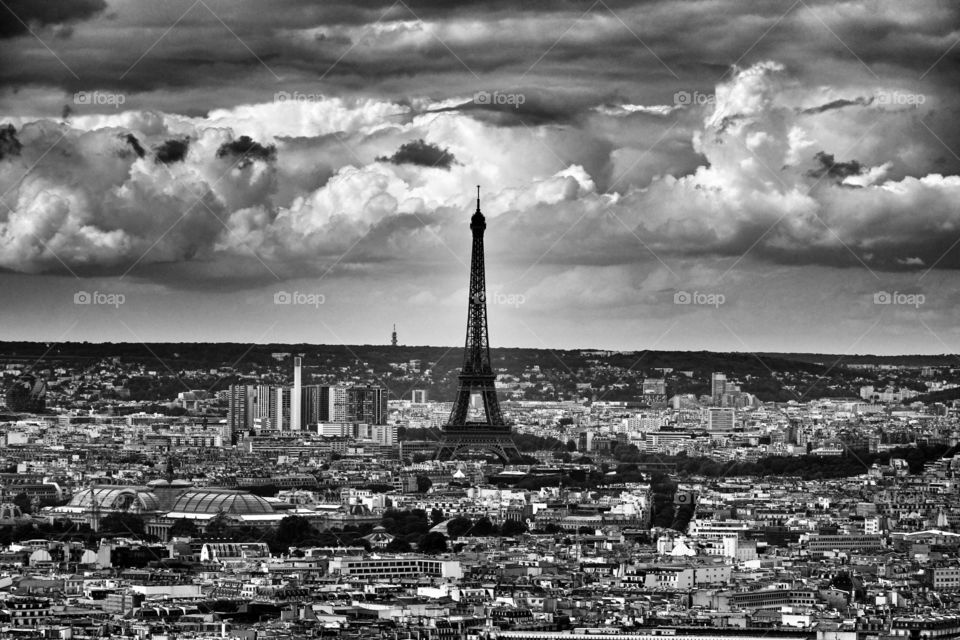 A view of the Eiffel Tower from the top of Sacré Coeur.