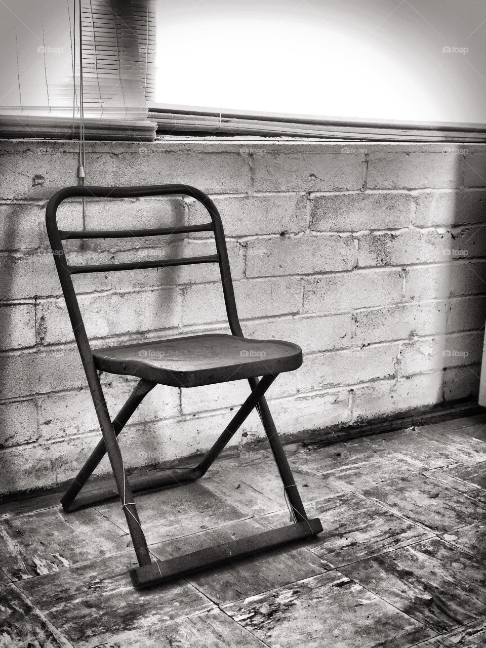 Black and White Photo of Old Vintage Chair