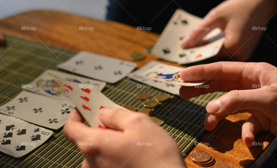 poker games play