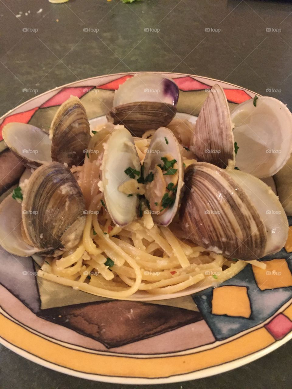 Clams in a wine sauce