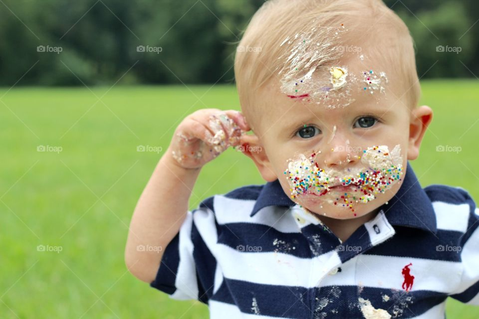 Portrait of messy boy