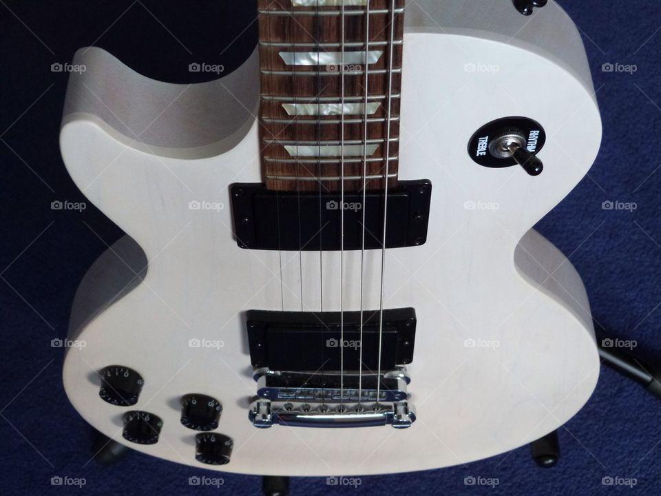Gibson LPJ guitar