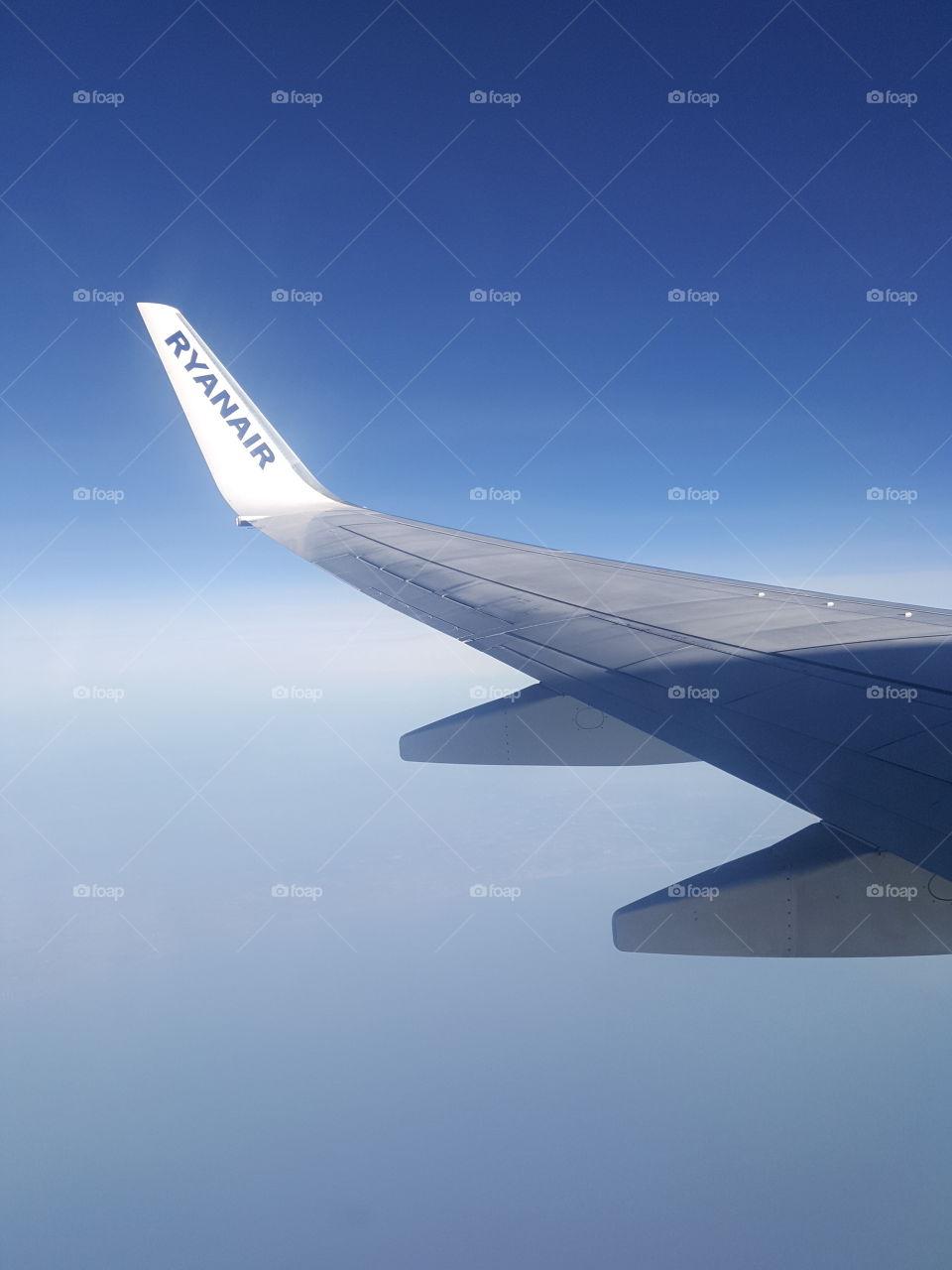 Ryanair flight wing of plane