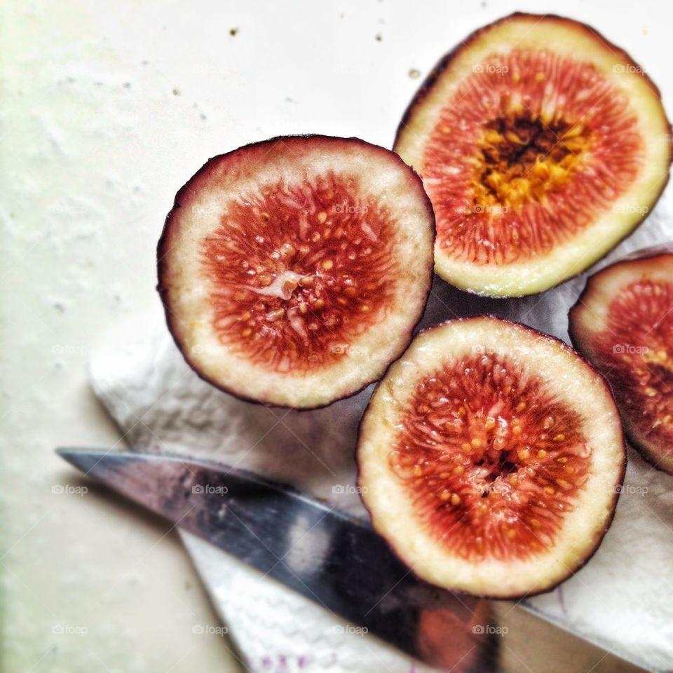 Figs it's what for breakfast!