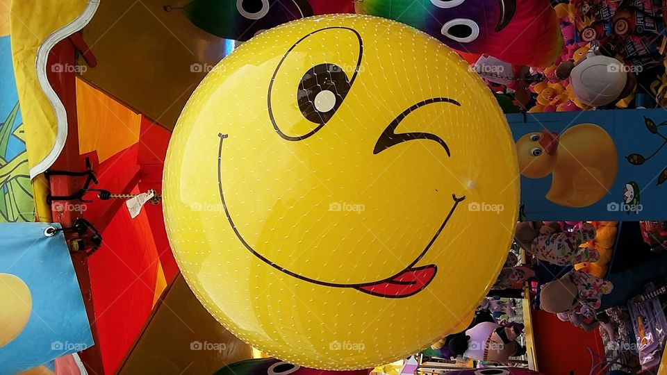 Smiling Face - Yellow Ball
