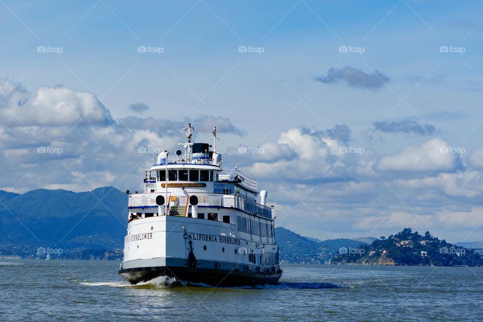 California Tour Boat