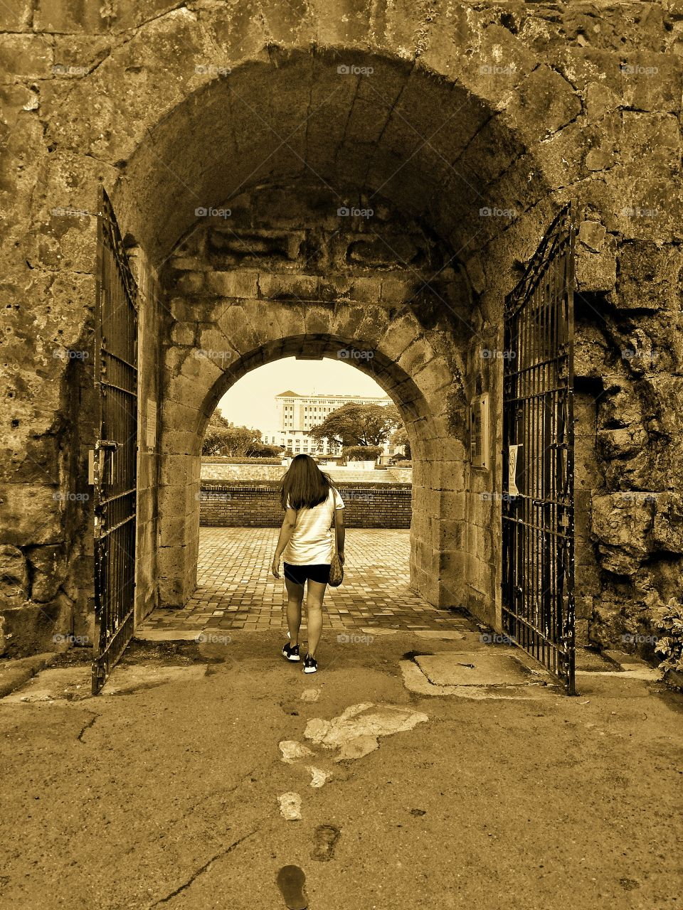 Fort Santiago is a citadel 1st built by Spanish navigator & governor Miguel López de Legazpi for the new established city of Manila in the PH. The defense fortress is part of the structures of the walled city of Manila referred to as Intramuros.