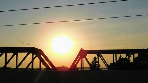 Training bridge in thrb