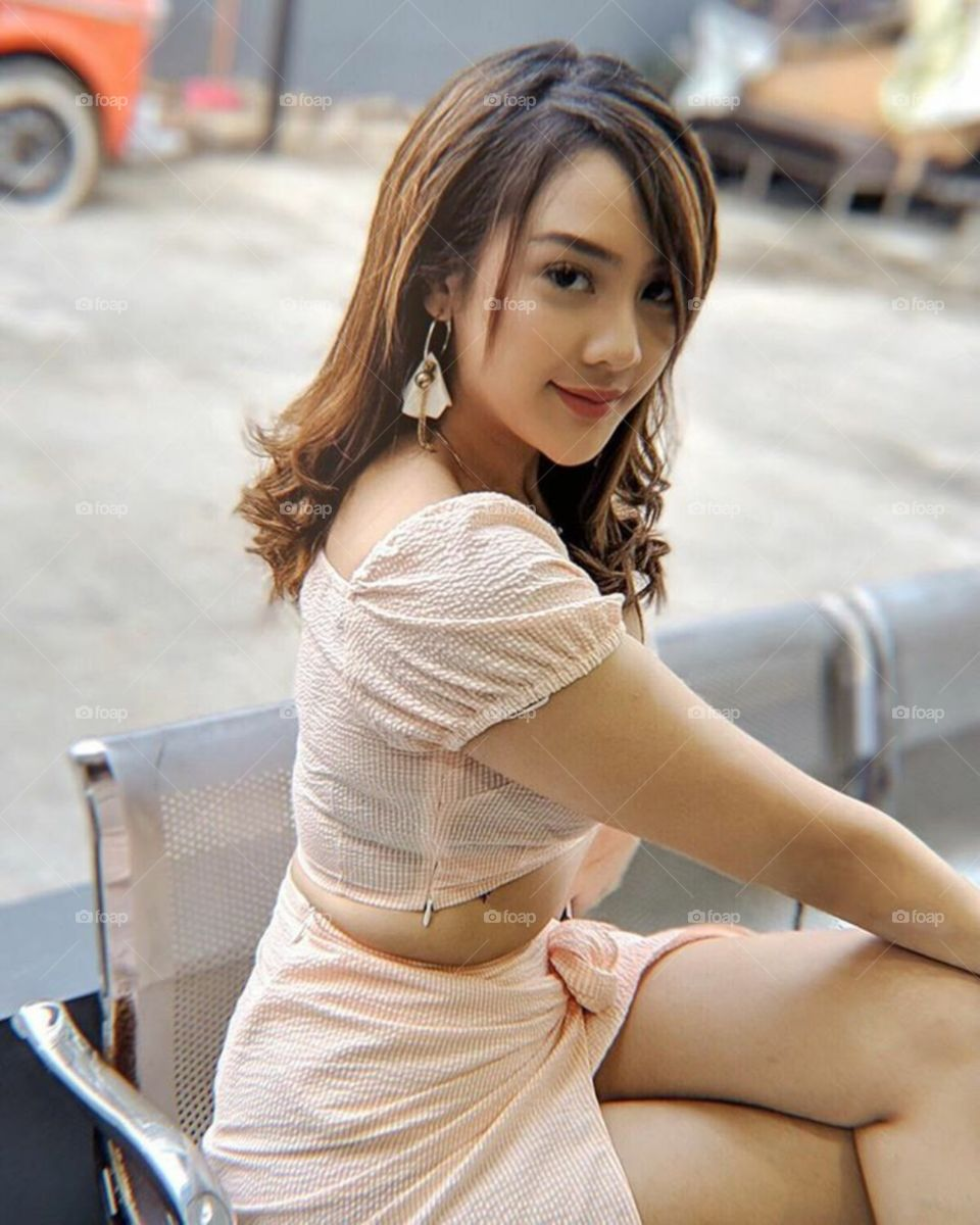 A beautiful sexy women in asia , with hottest lips and luxurious lifestyle 41