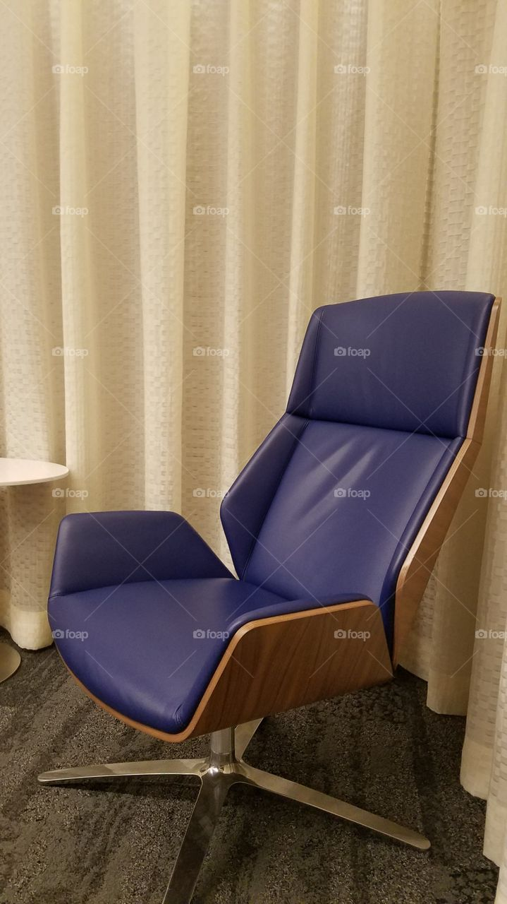 Seat, Furniture, Chair, Indoors, No Person
