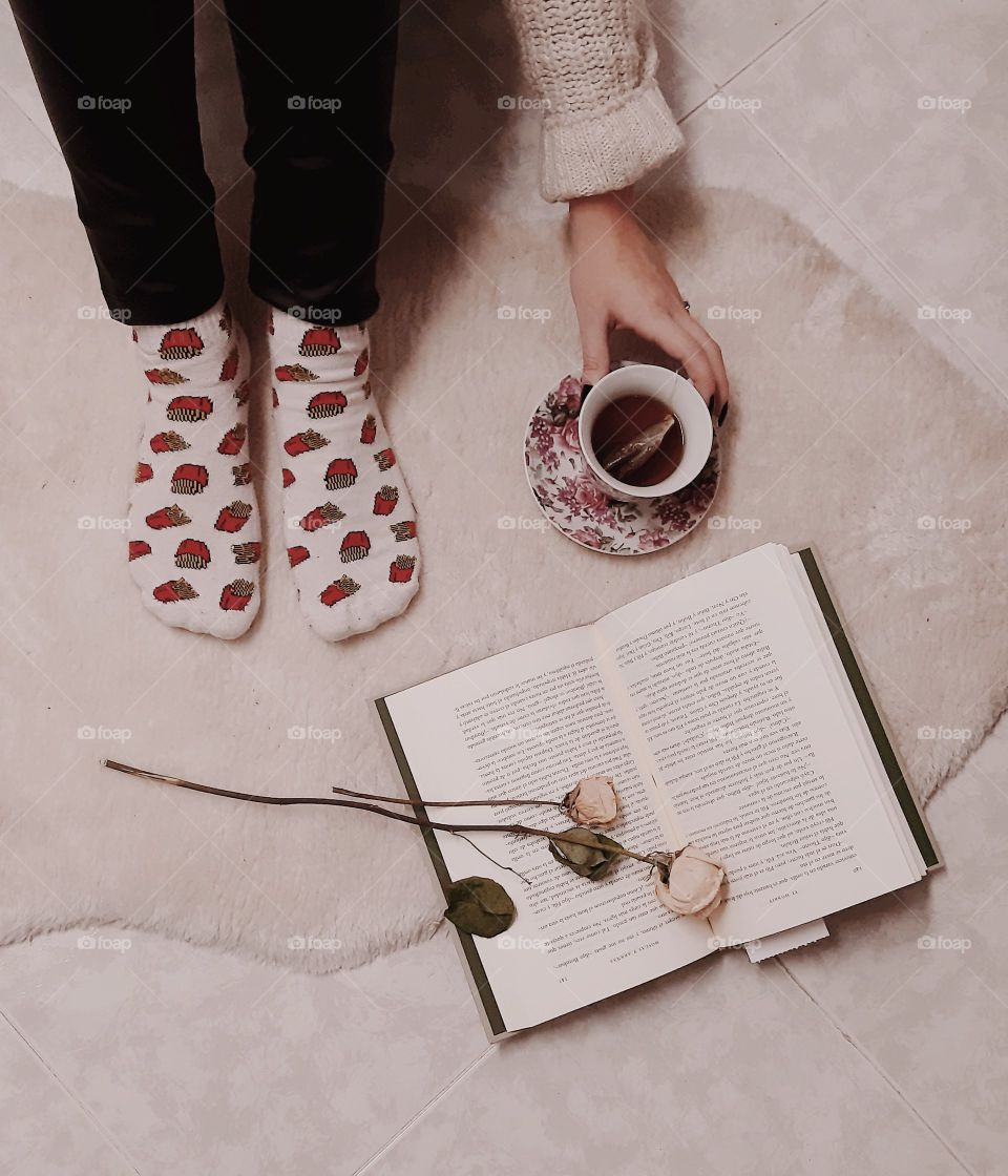 Lectura de tarde y té