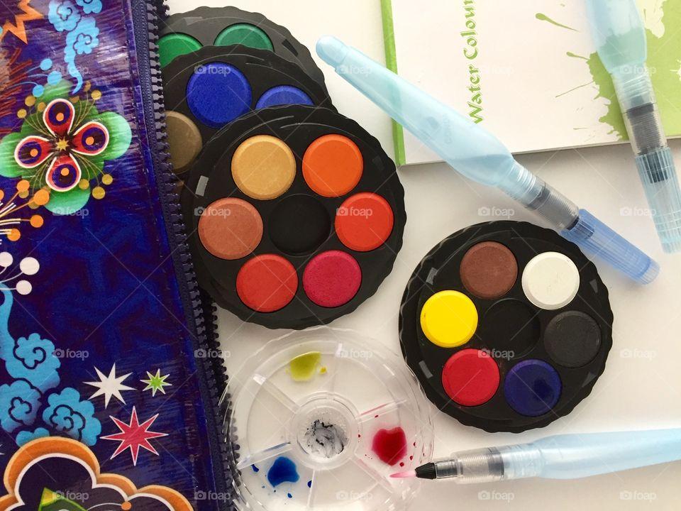 Arts & Crafts Supply - mini stacking travel watercolor  set,  water brushes, mini watercolor pad, and travel bag