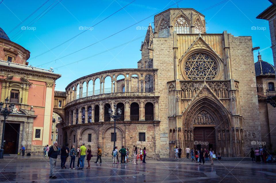 Peoples at Plaza de la Virgen, Valencia