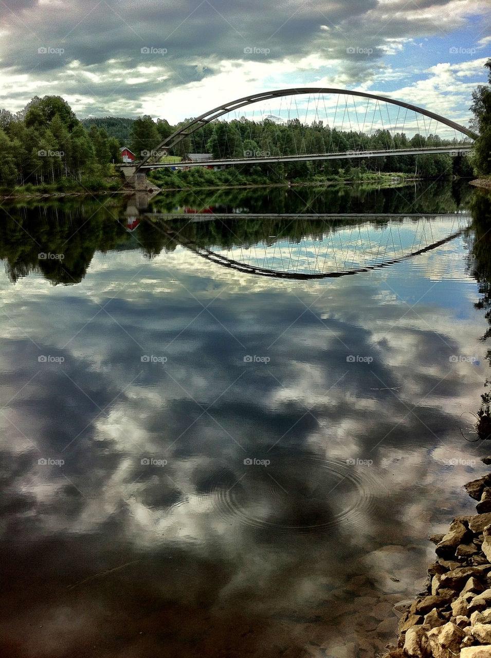 sommar river moln bridge by ka71