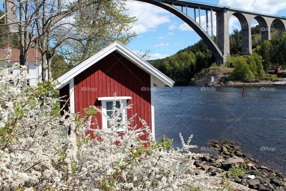 The old Svinesund Bridge