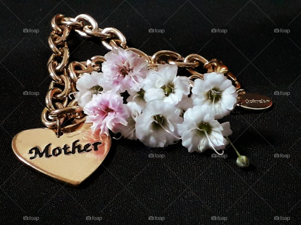 Mothers are like flowers.