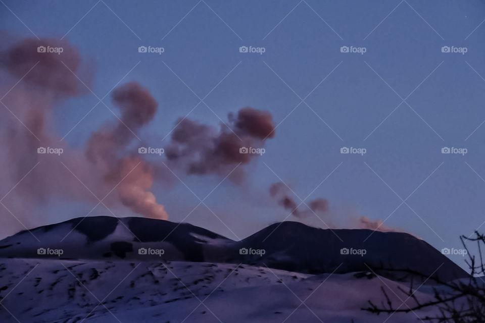 etna vulcano attivo