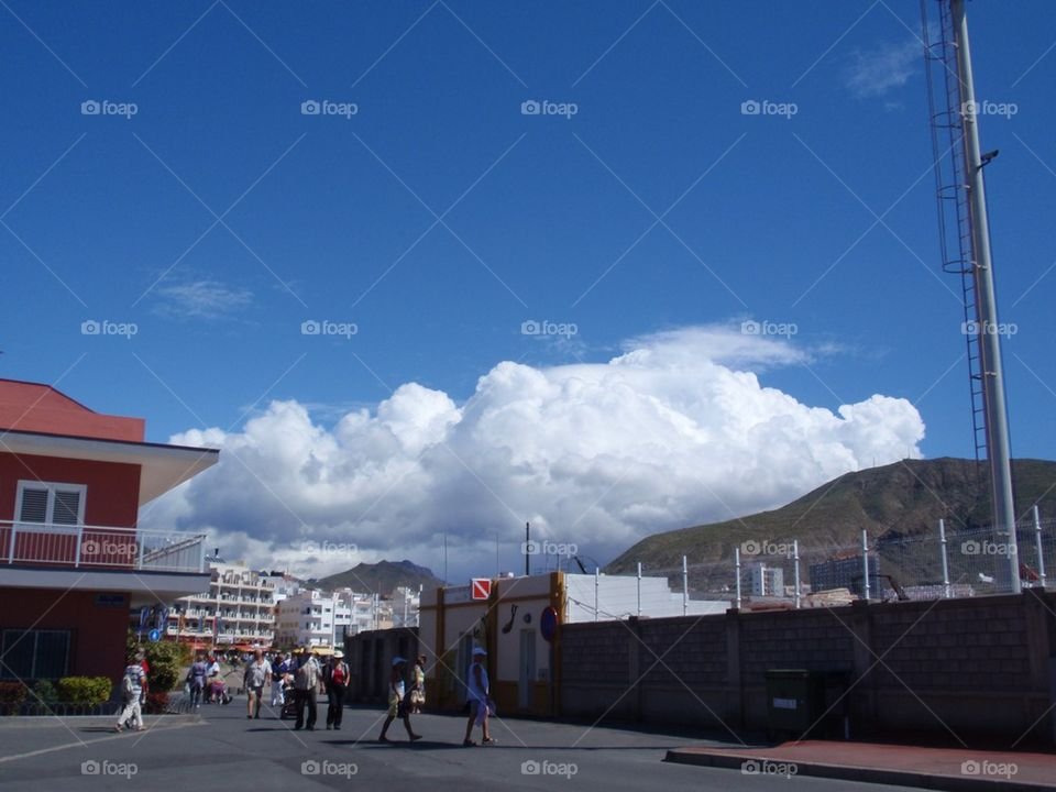 The fluffy cloud   image, city, people, buildings