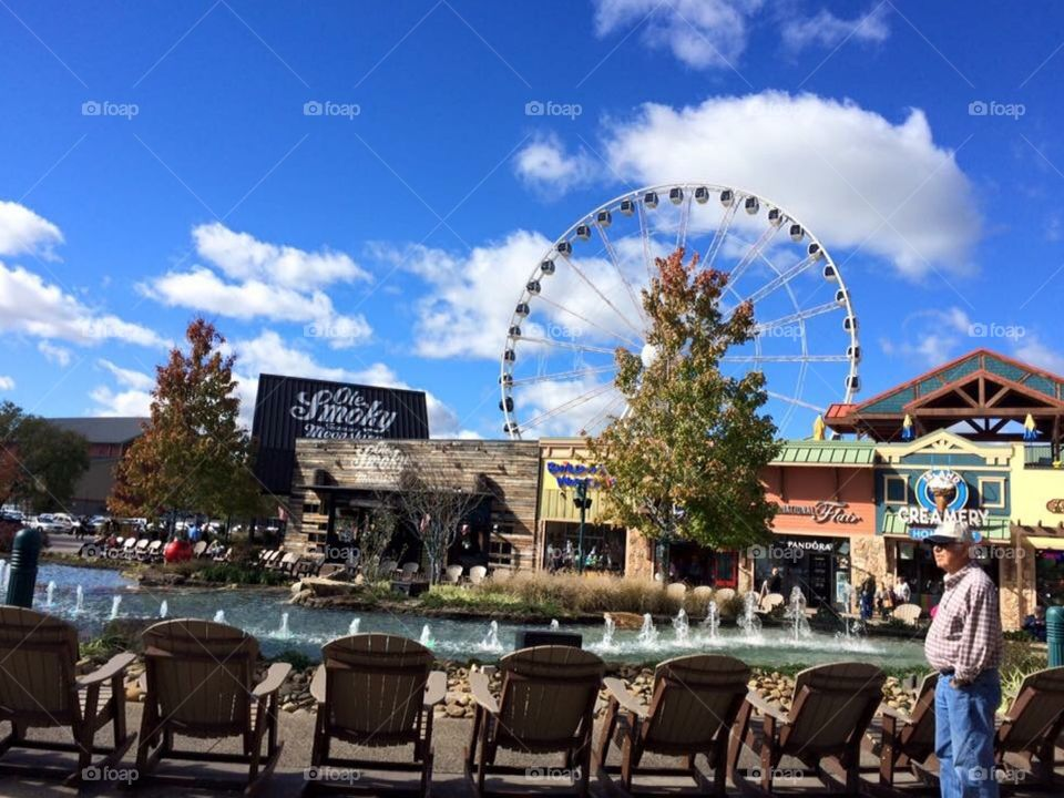 The Wheel Pigeon Forge