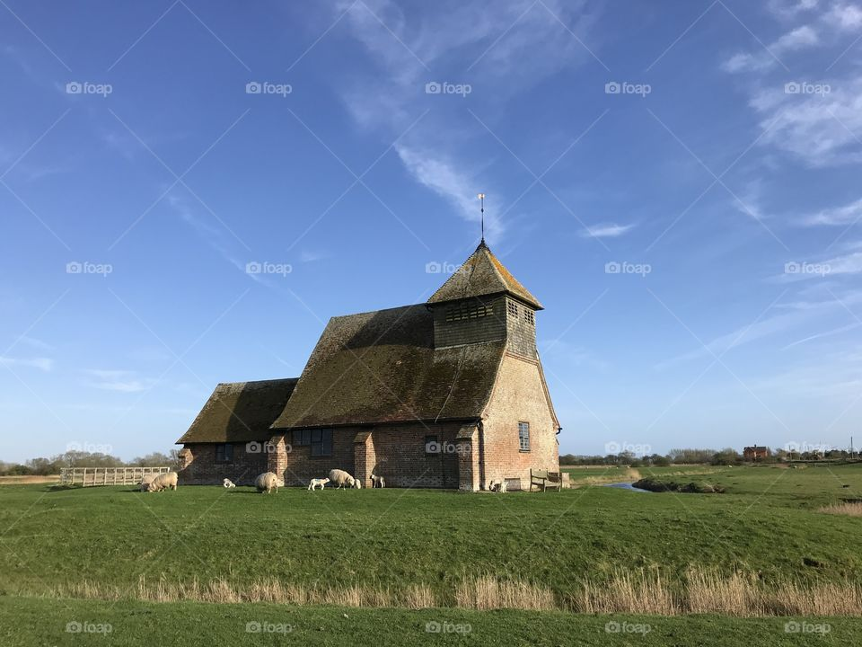 Romney Marsh St Thomas-à-Becket church and pasture