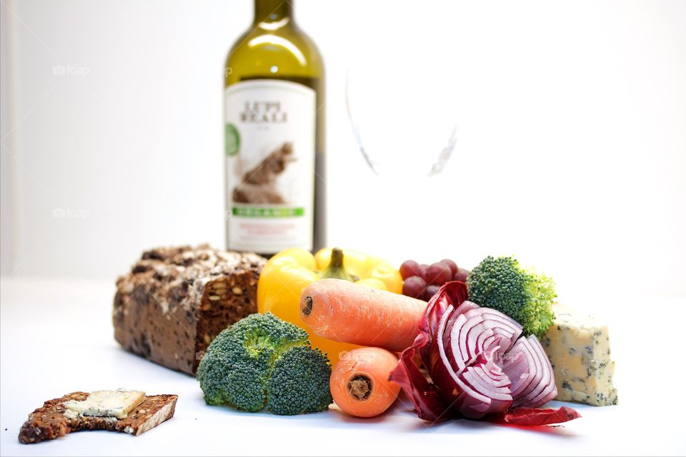 Vegetables and red wine