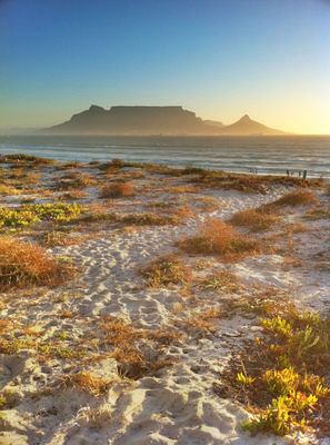 cape town table mountain by lbotha