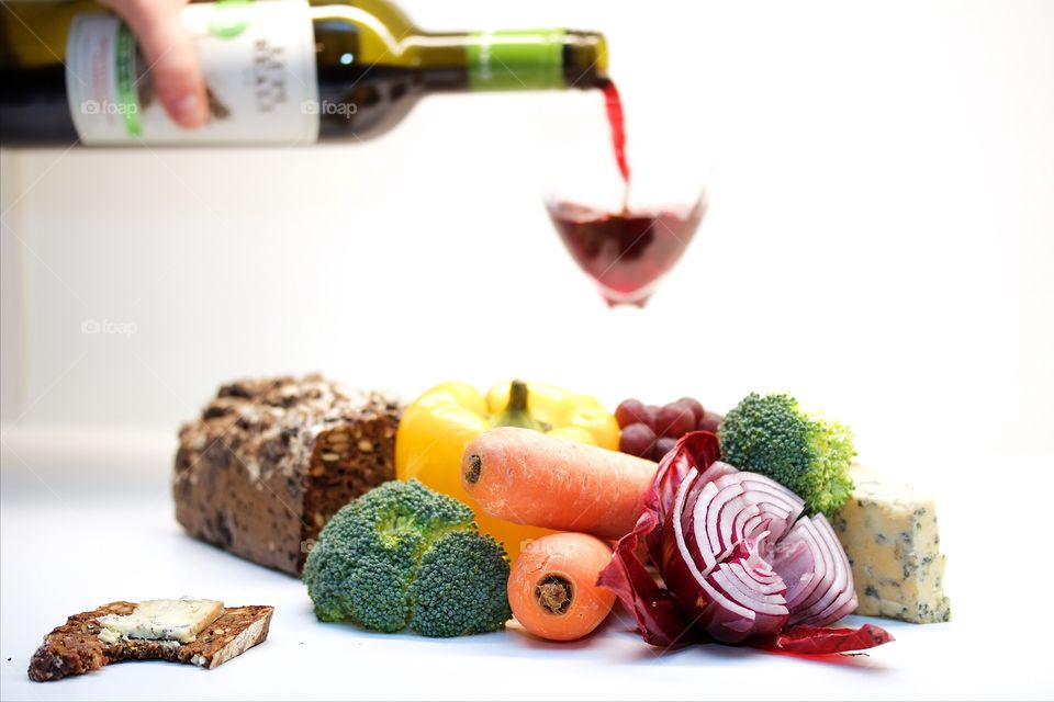 Vegetables and red vin