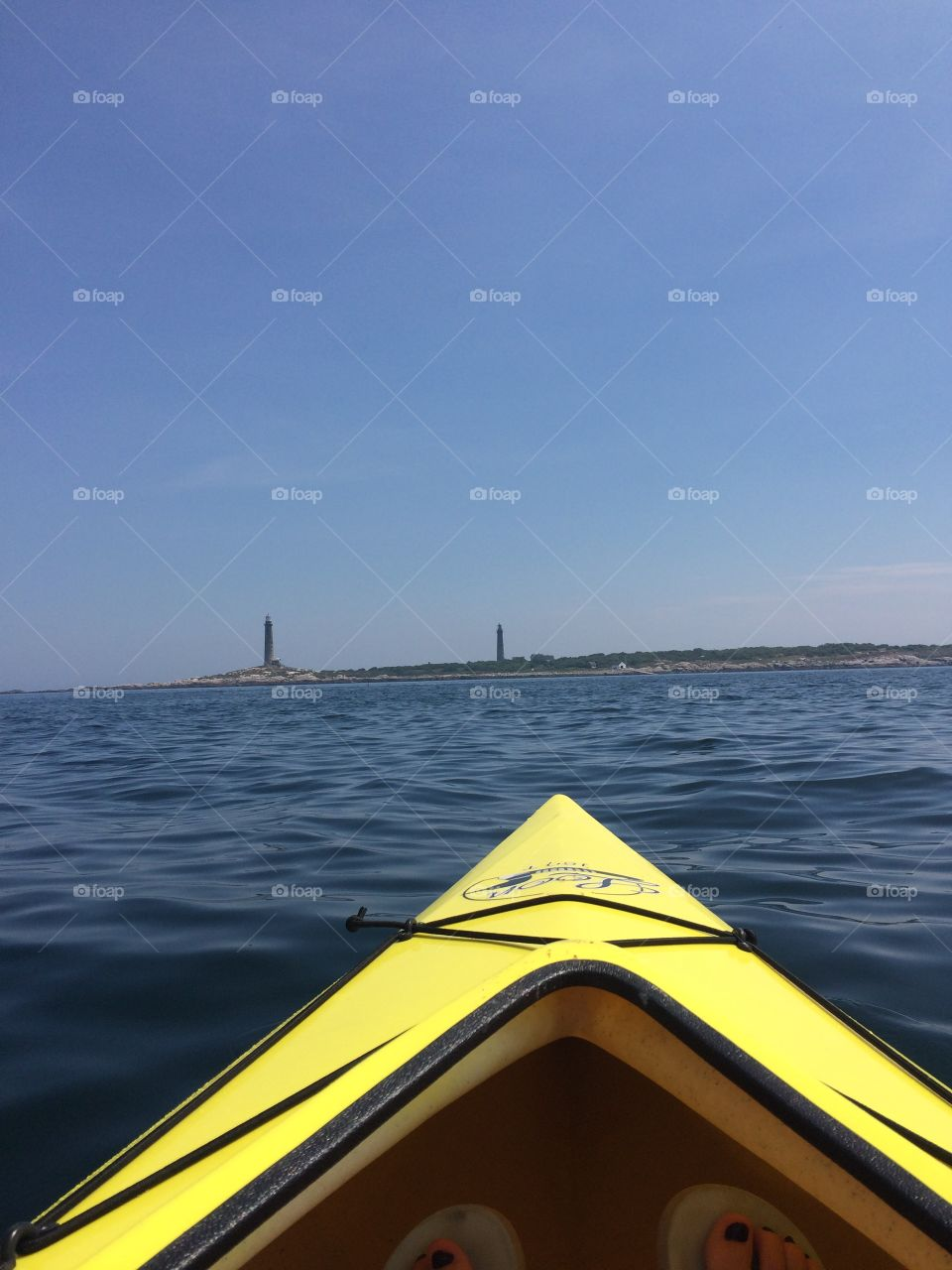 Kayaking to thachers island