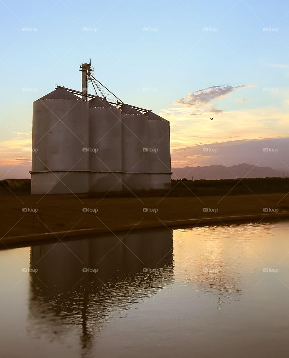 Morrison Ranch abandoned silos