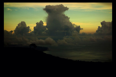taiwan cloud dusk the sea by howei