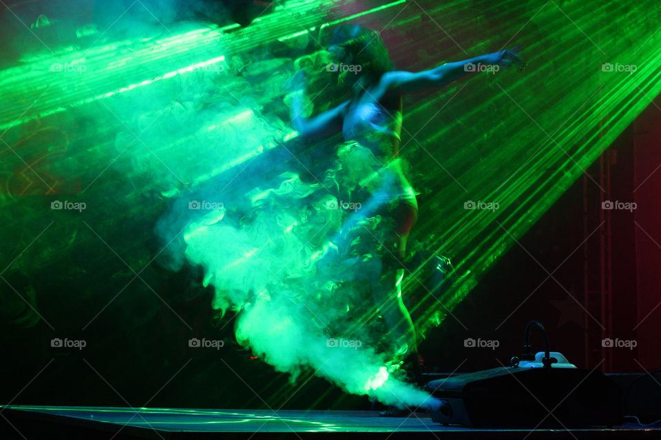 light girl dance flash by aisti