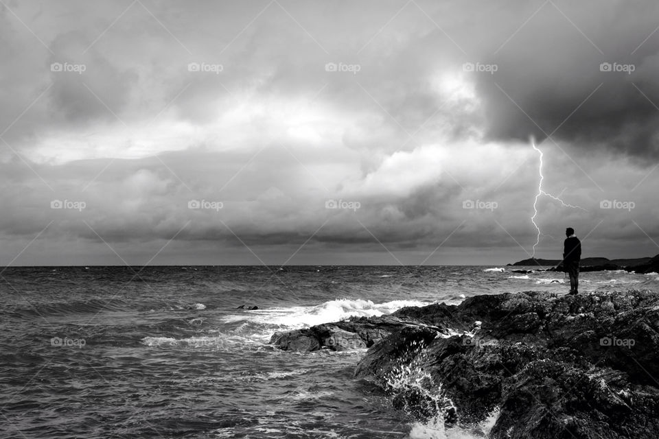 storm lightning wales by andyjbee