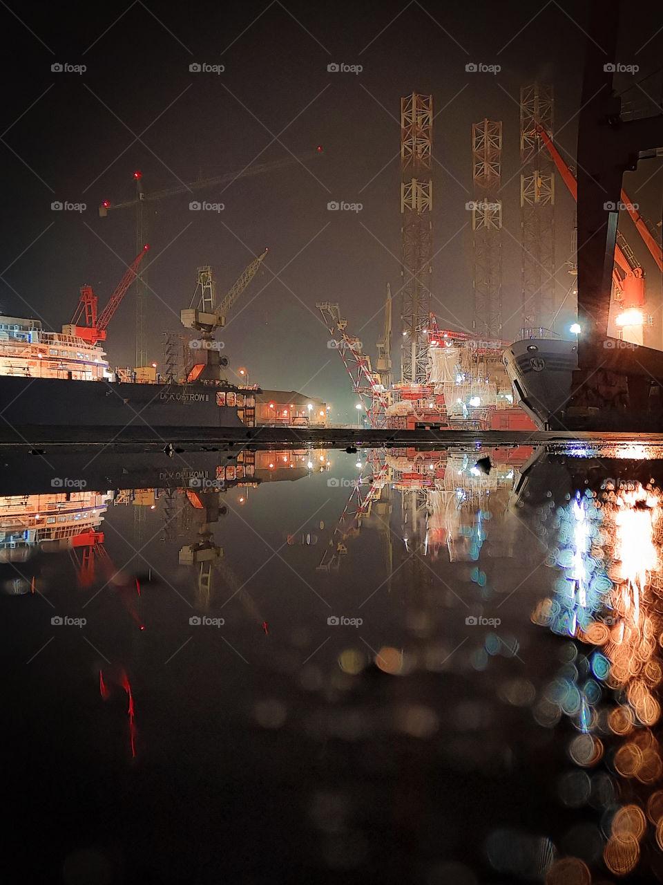 Port Morski Gdańsk odkrywany nocą