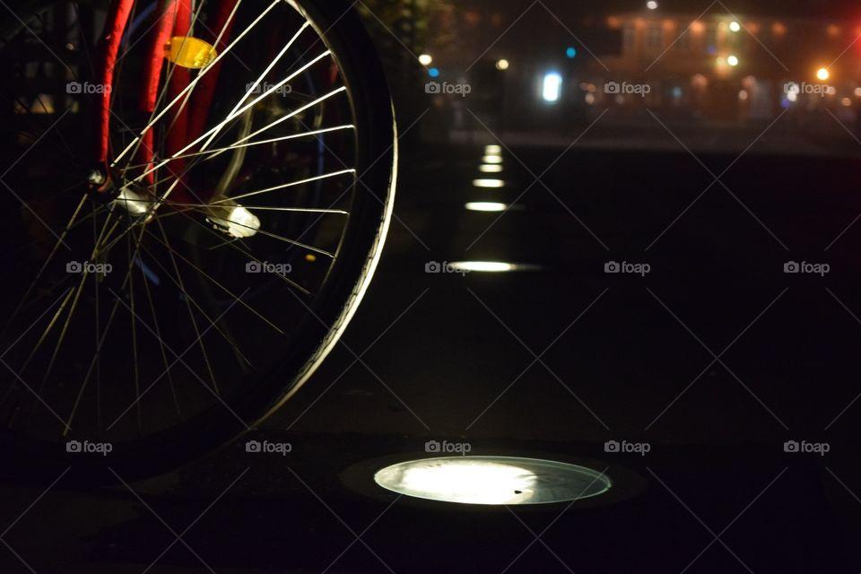 Street Night Lighting & Bike Wheel